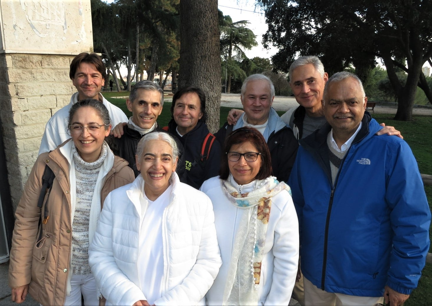 Back row from left: Juan, Seville – Jose Maria, Cantabria - Antonio, Bill and Henriques from Madrid –  Front row from left: Marta, Barcelona – Sister Jayanti – Urmil and Sanjay from Salou.